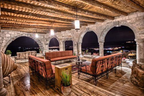 lil-a-capadokya-teras-bar-lounge2